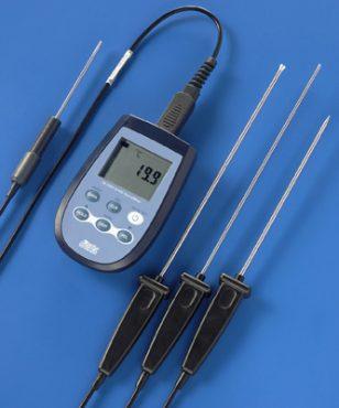Delta OHM thermometer